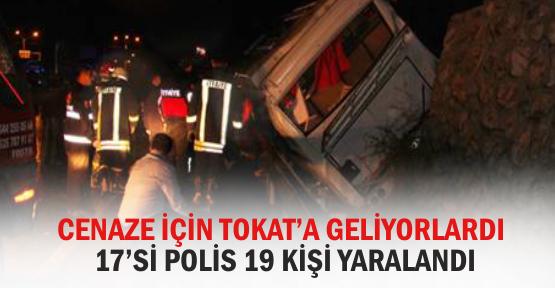 polisleri-tasiyan-midibus-devrildi